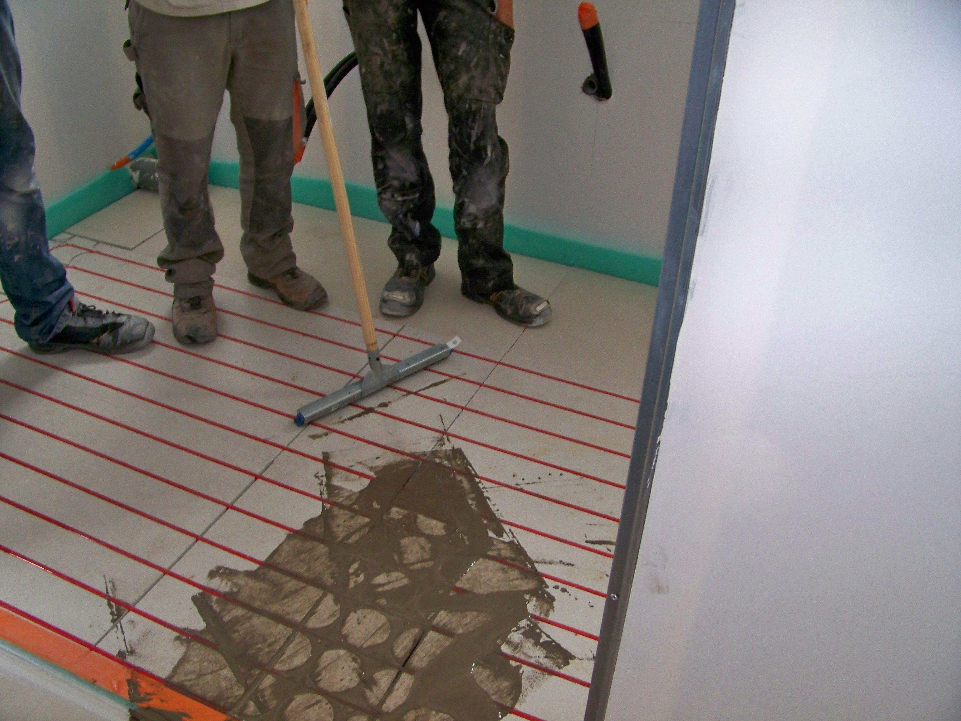 Carrelage Sur Plancher Chauffant Basse Temperature raysol, chauffage hydraulique par le sol de la société technolim